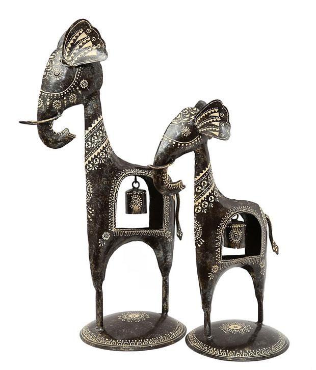 Indikala Black Iron Figurines 42