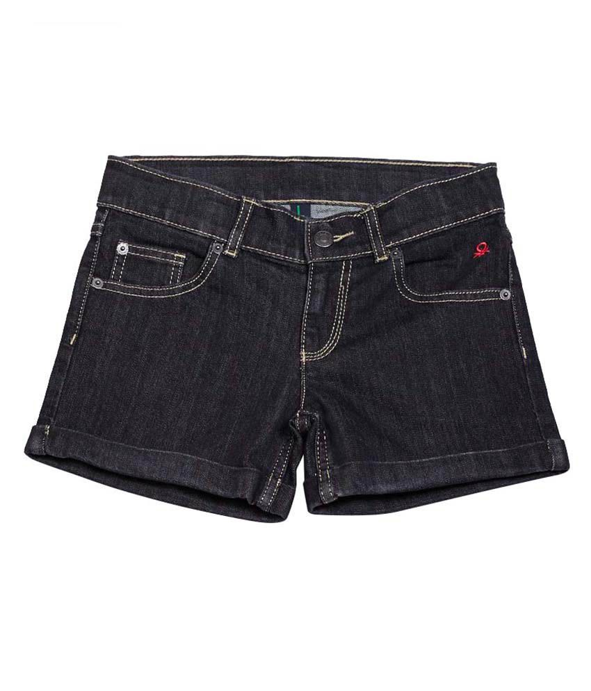 United Colors of Benetton Solid Black Casual Basic Denim Shorts
