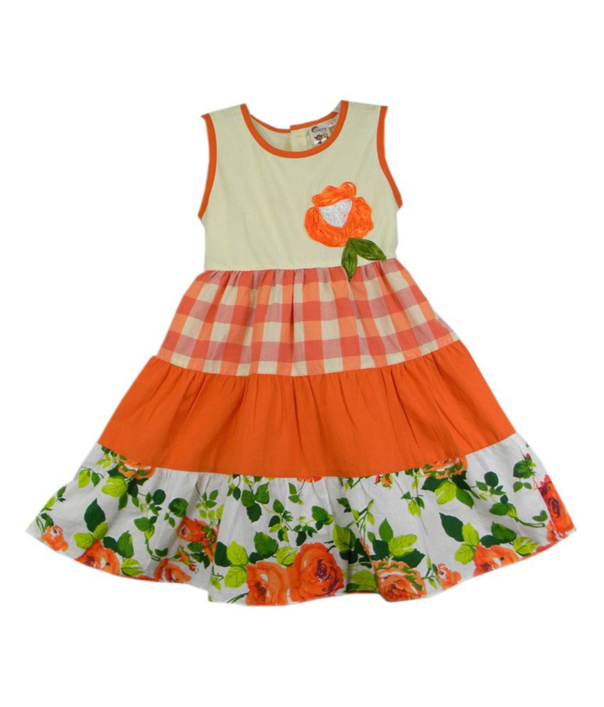 We are the masters in manufacturing, supplying and exporting of Check Frocks. One can avail from us a wide range of frocks for young girls. They are available in different sizes and shades. The frocks are made with attractive thread works and colors to enhance the sweetness and beauty of kids.