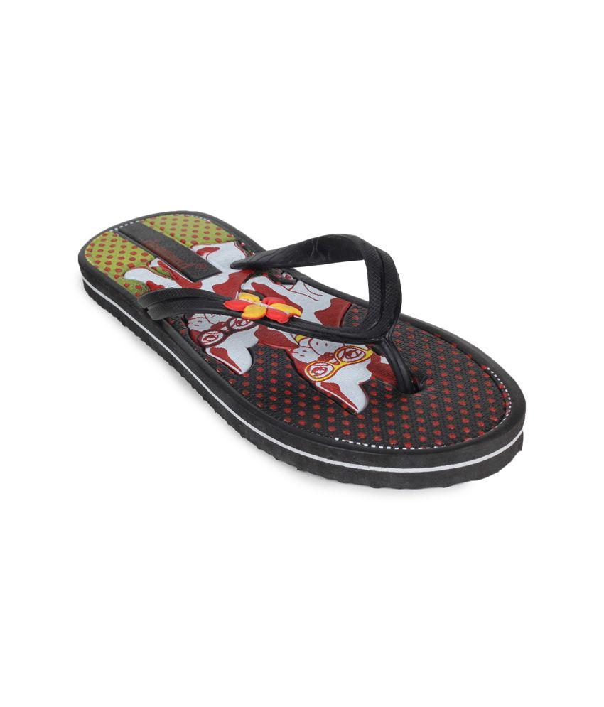 11e Black Flat Flip Flops