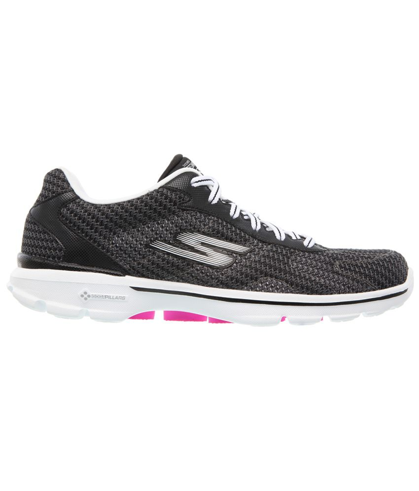 34e43711057 Skechers Go Walk 3-Fitknit Sports Shoes Price in India- Buy Skechers ...