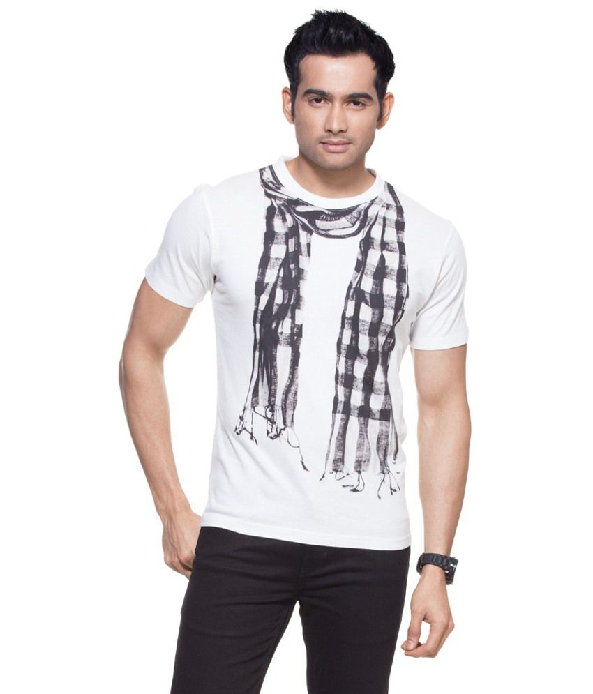 Zovi Scarf White Graphic Half Sleeve T Shirt