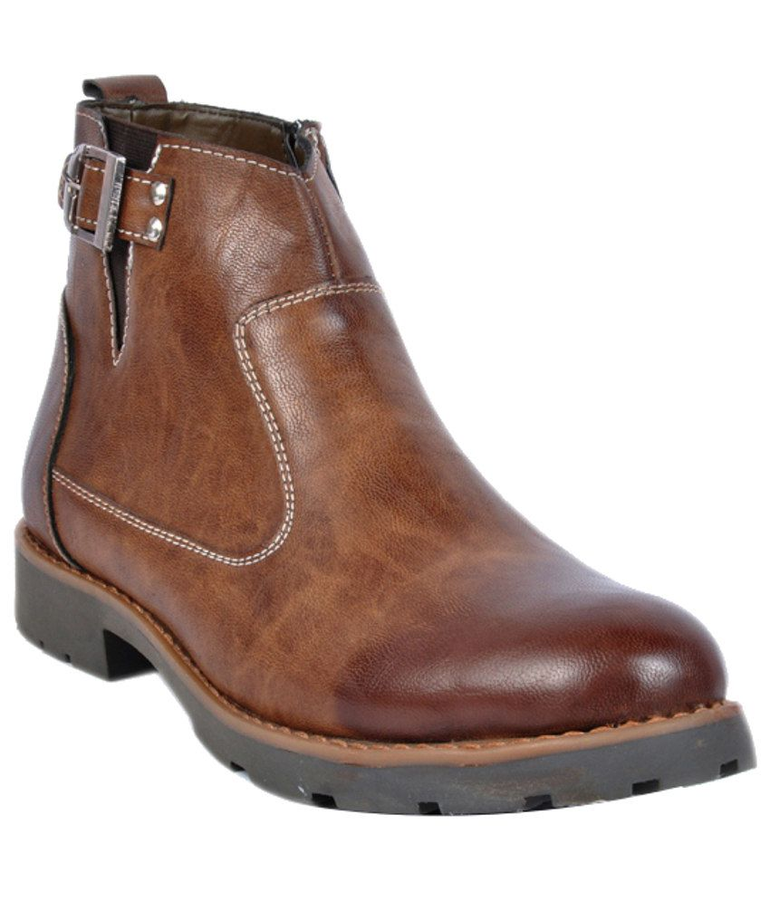 Footlodge Durable Brown Boots