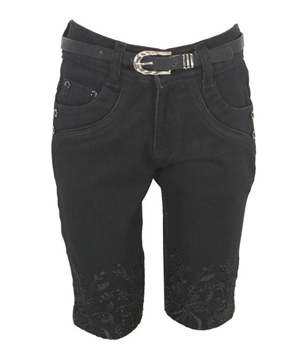 Eight26 Black Denim Capris