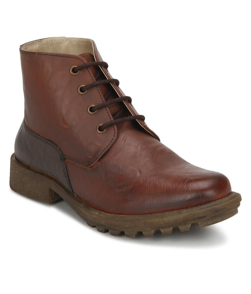 Knotty Derby Tan Faux Leather Lace Boots For Men