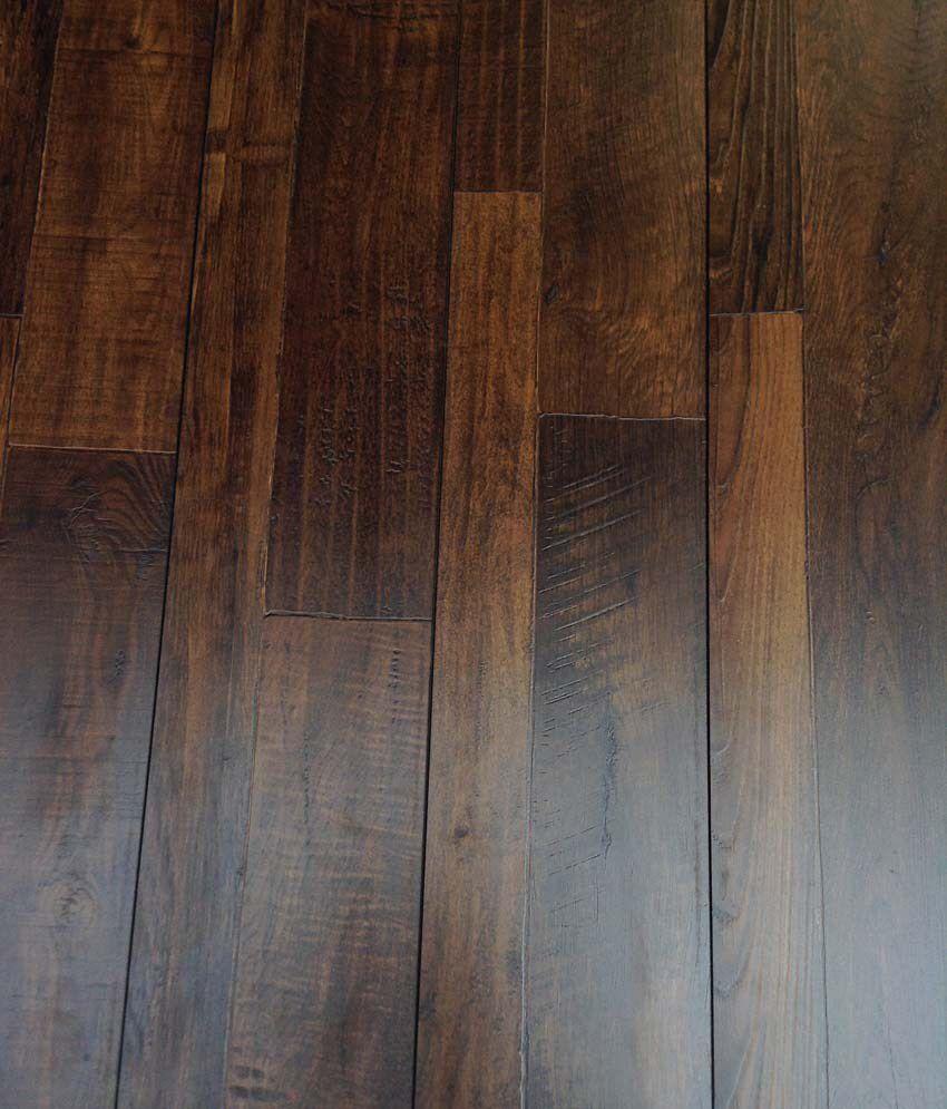 Le Laminates Classic Design Wooden Brown Flooring 75 Per Square Feet