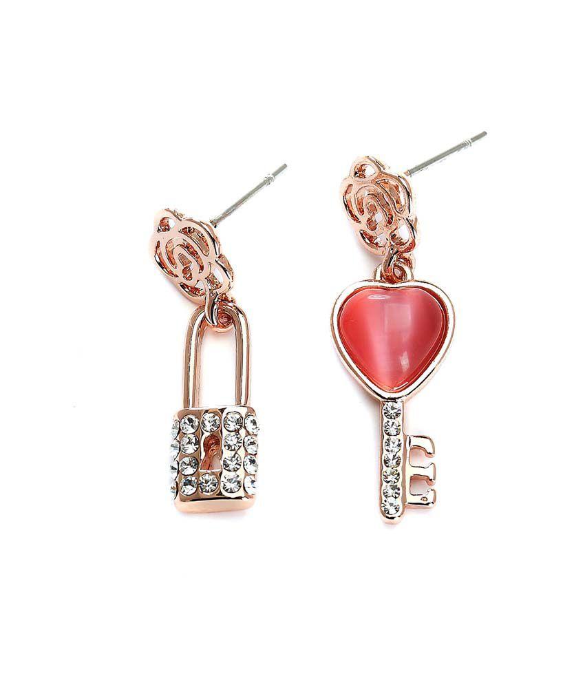 Blinglane Golden Alloy Style Diva Stud Earrings