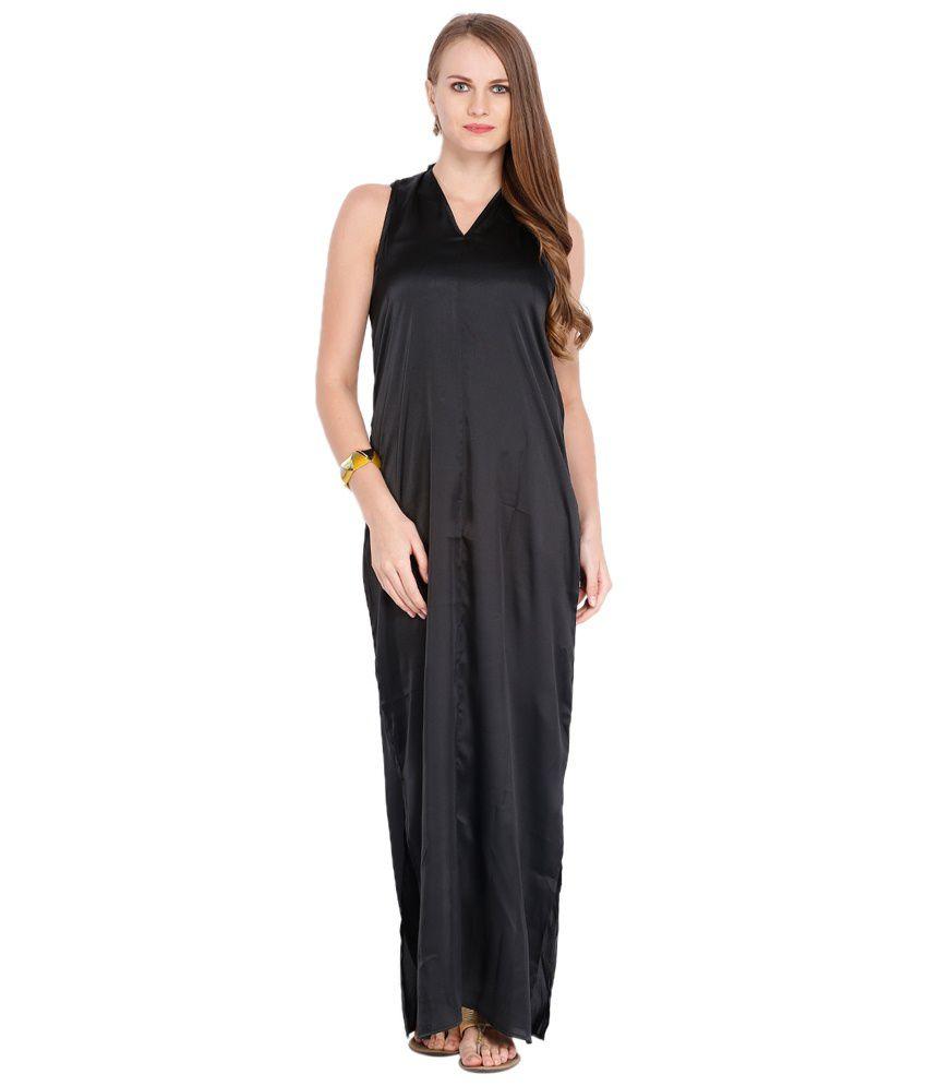 65c78e5cbcd Folklore Black Maxi Dress With Multicoloured Long Shrug - Buy ...