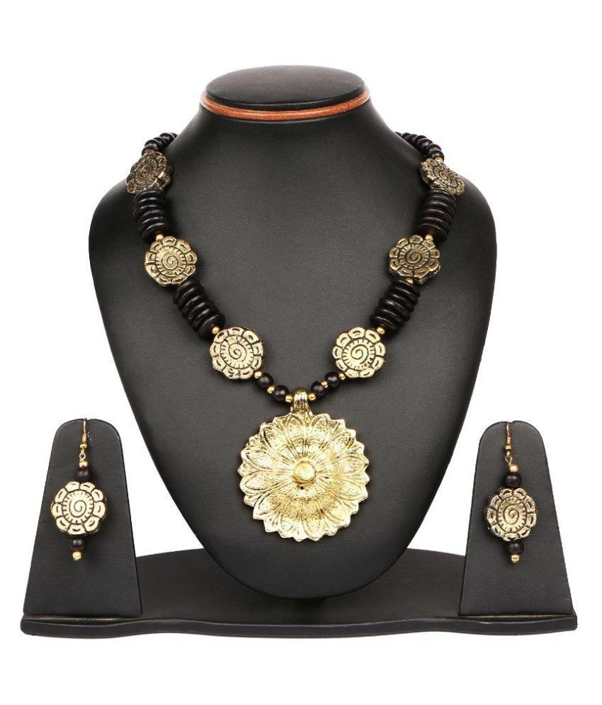 Johareez Alloy Gold Plating Studded Multi Coloured Necklaces Set