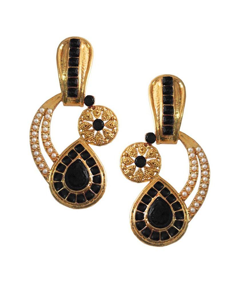 Pihu Black Hanging Earrings