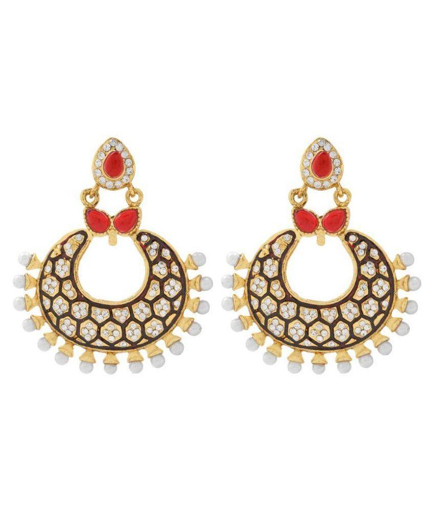 Styylo Fashion Golden Chandelier Earrings