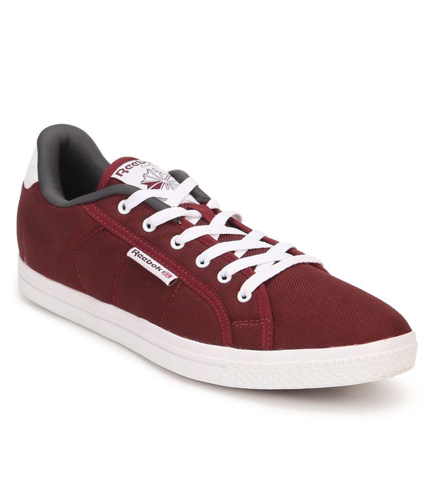 Selling - reebok on court sneakers