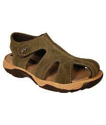 Trilokani Green Sandals For Kids