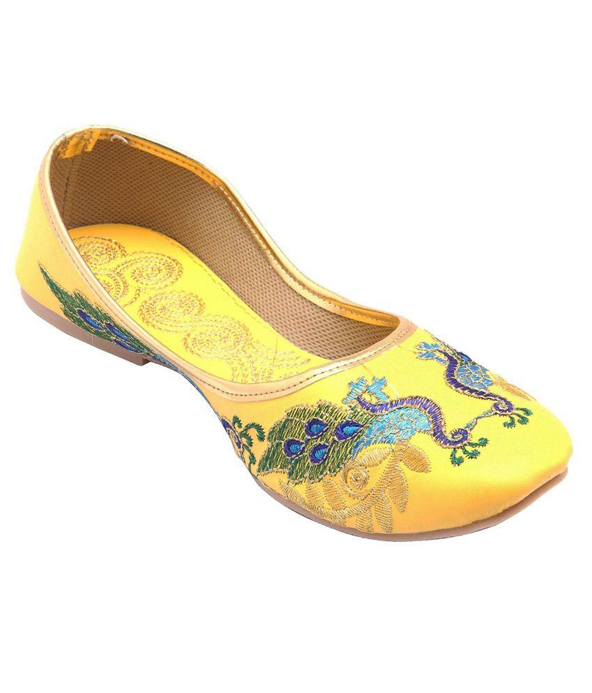 E-Handicrafts Yellow Juti