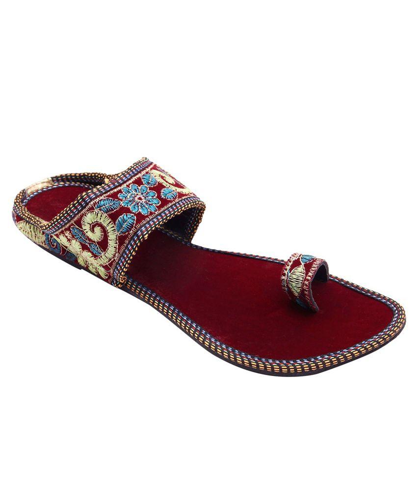 E-Handicrafts Maroon Flat Slip-ons