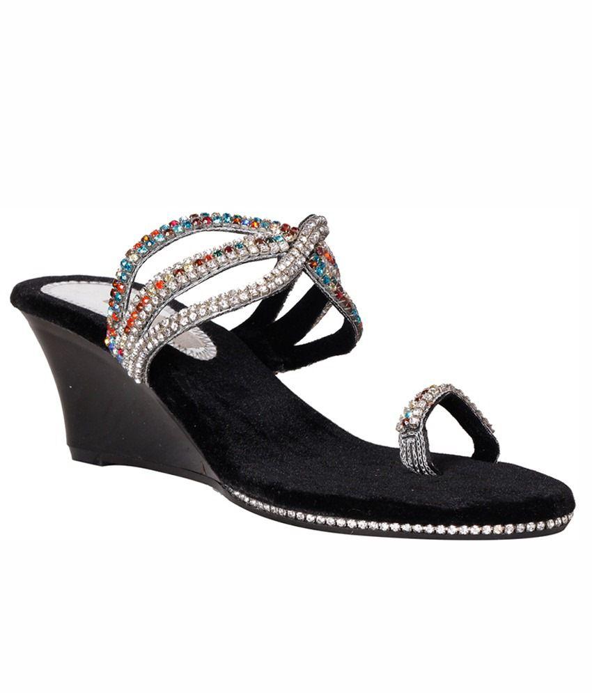 Pantof Black Heeled Slip Ons