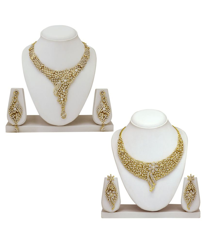 Atasi International Traditional Golden Alloy Austrian Diamond Necklace Set