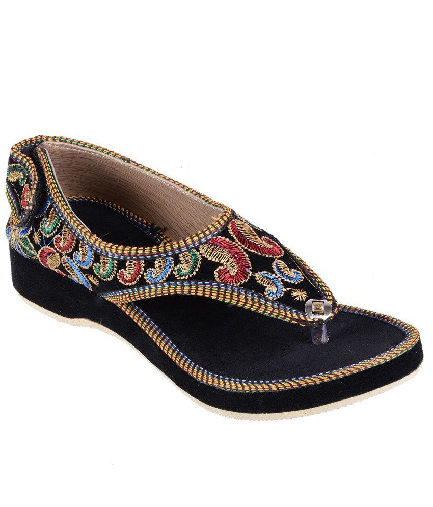 Step India Black Ethnic Sandals