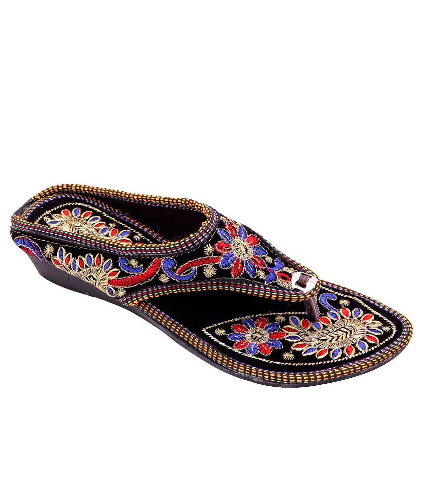 Step India Black Slip-Ons