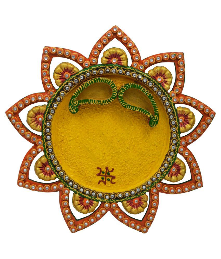 Wooden paper mache star kundan pooja thali with kundan for Aarti thali decoration with kundan