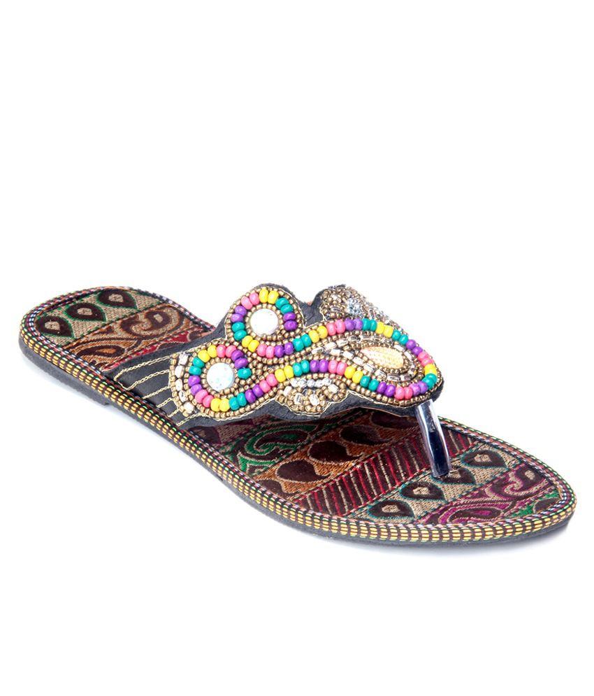 Mochri Multicolor Slippers