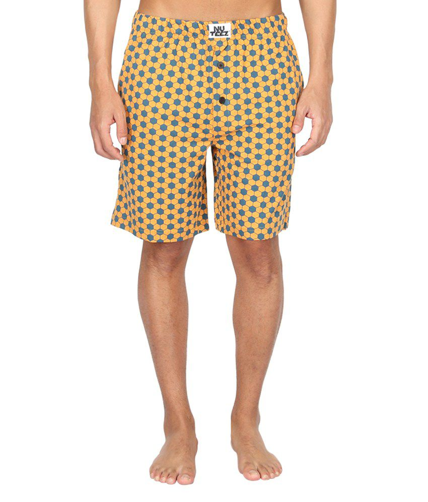Nuteez Yellow And Blue Cotton Printed Shorts