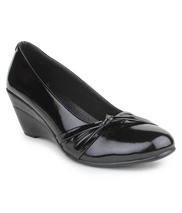 Djh Black Wedges Heels