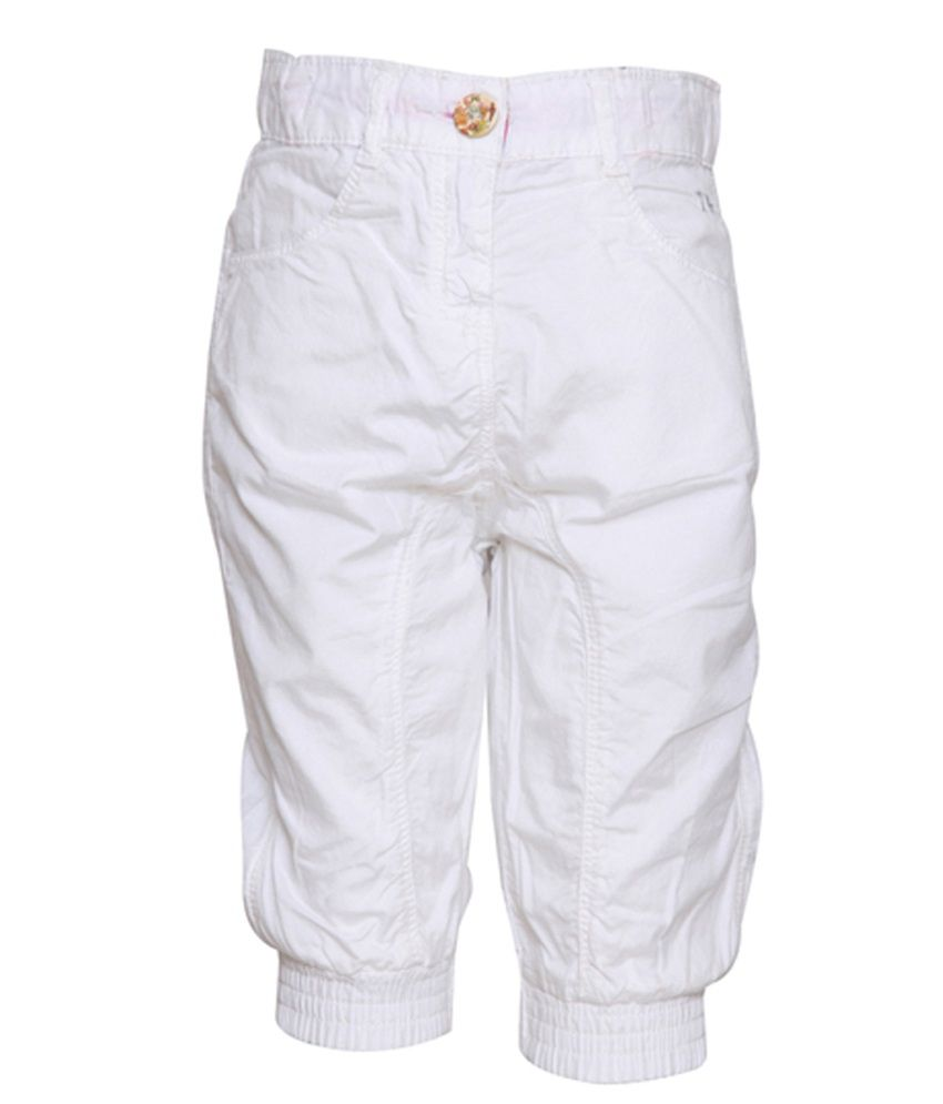 Tales & Stories White Cotton Capris For Girls