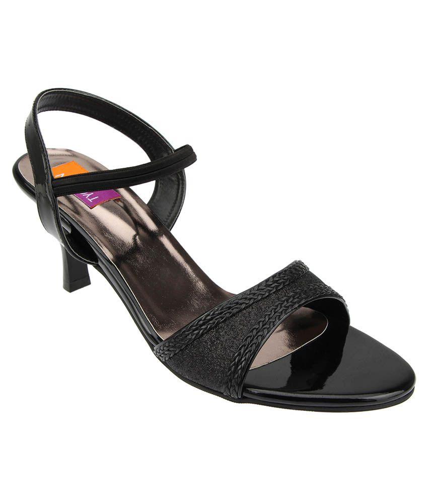 Tycoon Black Kitten Heels