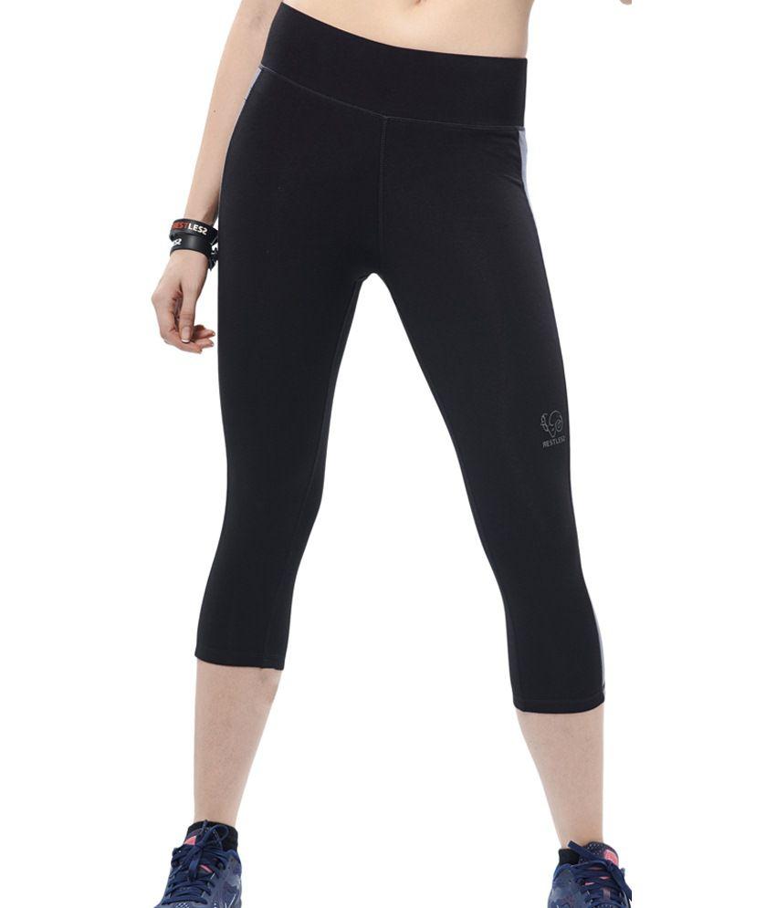Restless Black & Gray Stretchable Sports Capris
