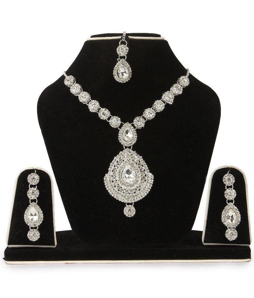 Aanya Silver Necklace Set