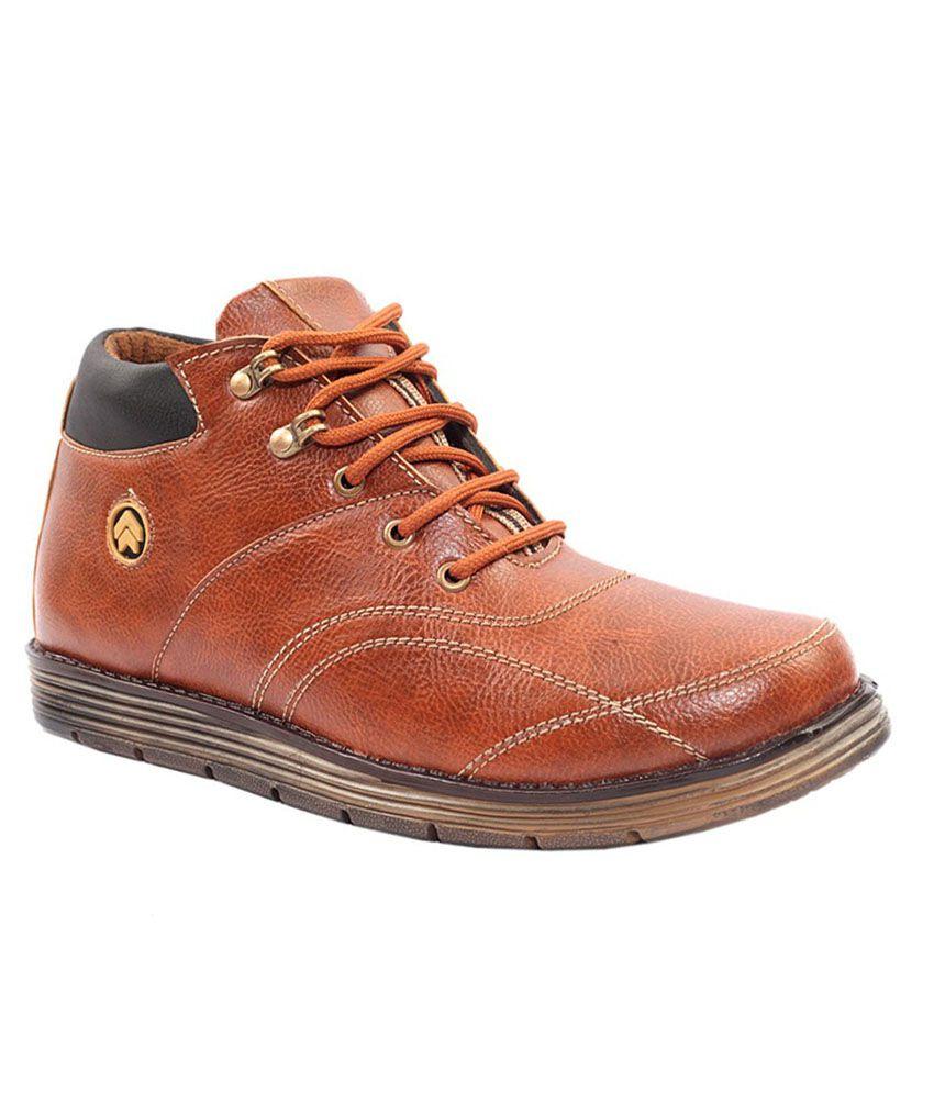 Avi Brown Boots