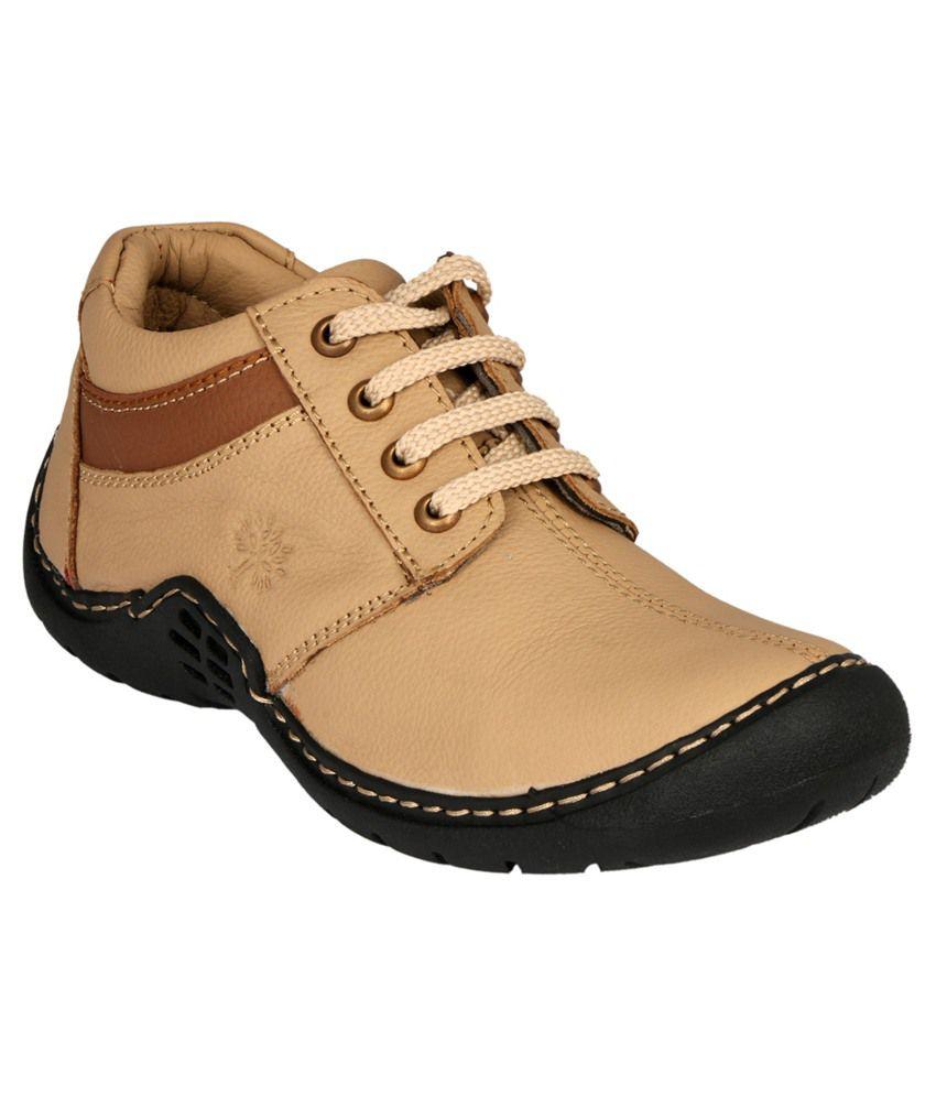 Vittaly Tan Boots