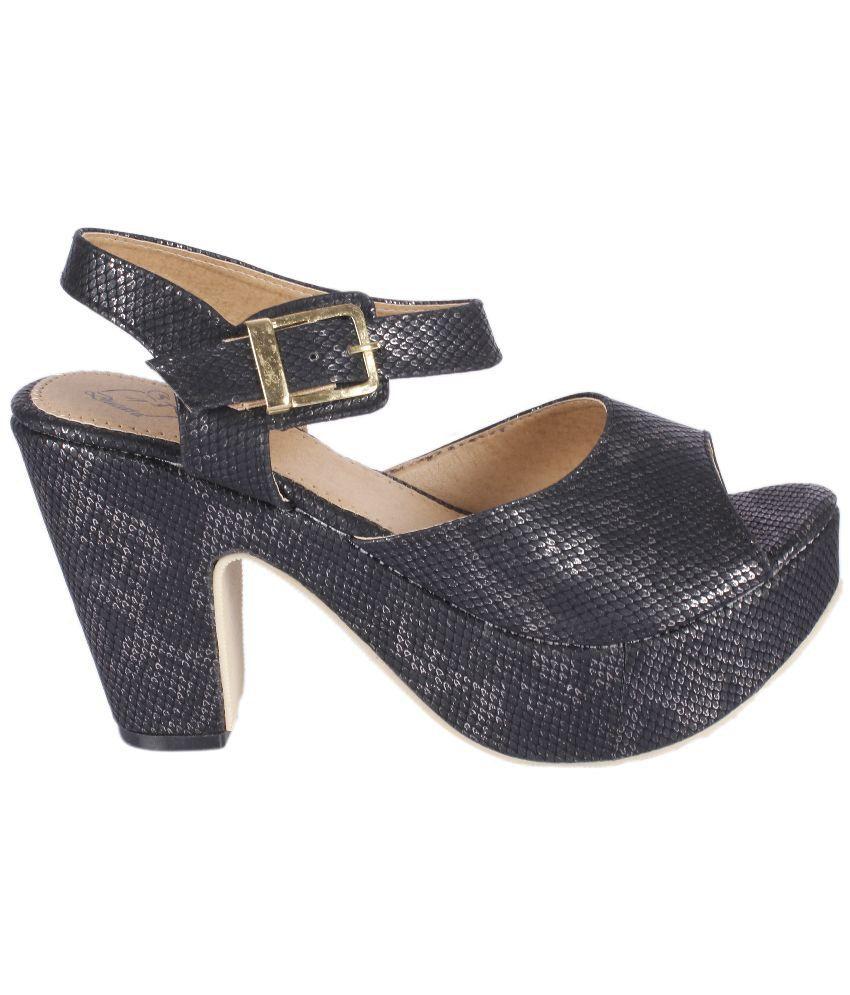 Ducara Black Wedge Heels