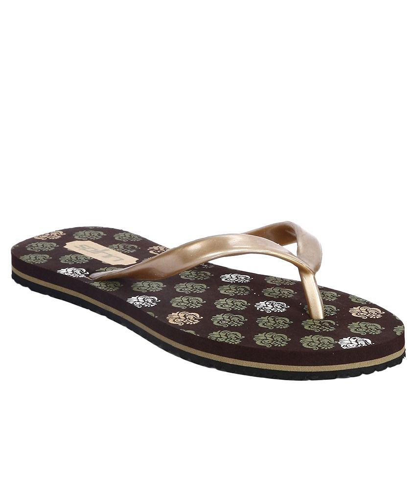 Spinn Brown Flip Flops
