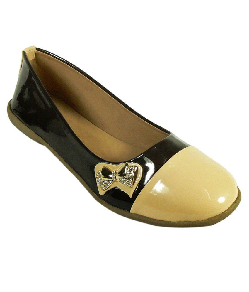 maayas black beige ballerinas price in india buy maayas black beige ballerinas online at