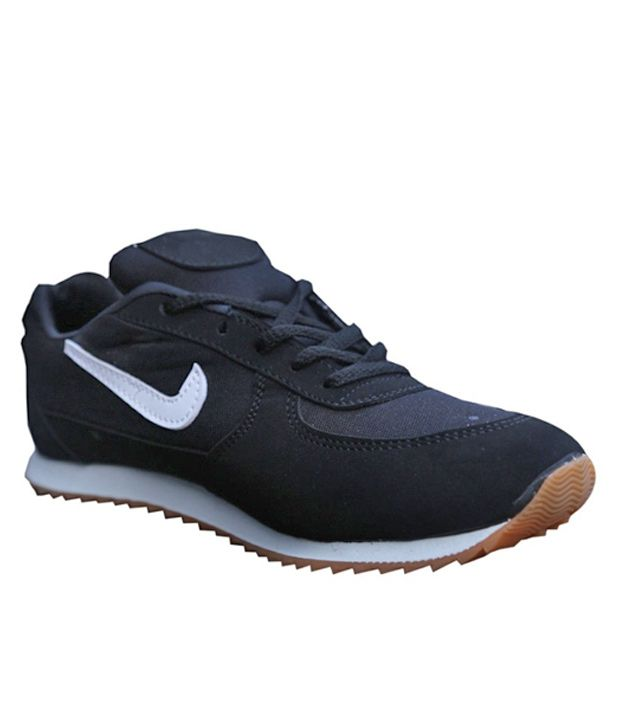 92f8d26679 Aadi Black Running Shoes, Walking Shoes, Cricket Shoes Sport For Men: Buy  Online at Best Price on Snapdeal