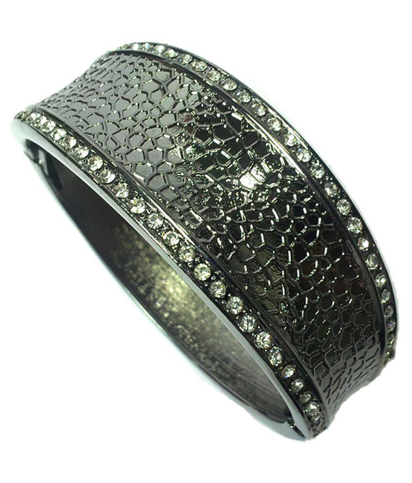 Vendee Fashion Black & Black Brass Bangle