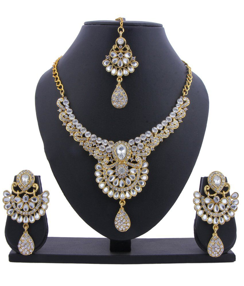 Glory Jewels Kundan Necklace Set With Maang Tika