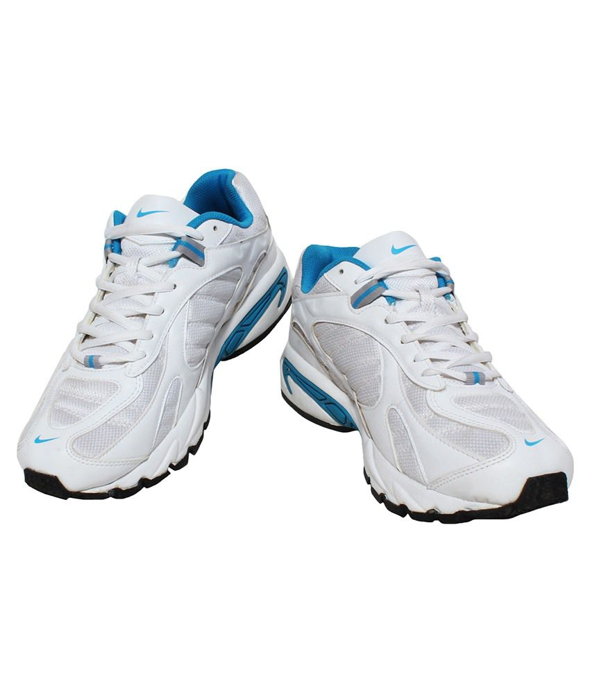 Nike White Running Shoes - Buy Nike White Running Shoes Online at ...