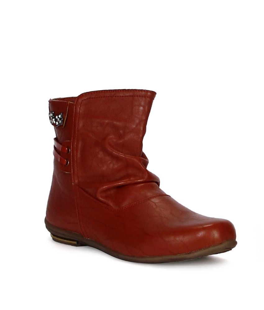 Tic Tac Toe Red Ankle Length Boots