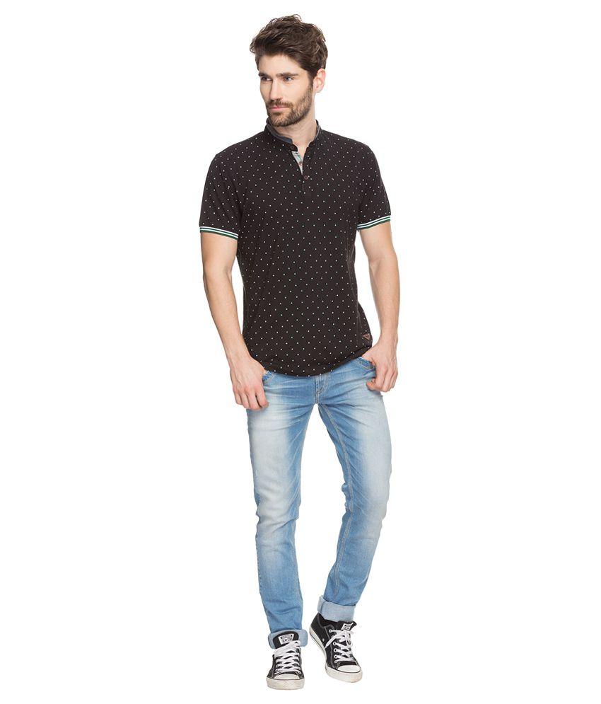 Black t shirt low price -  Spykar Black Printed Mandarin Collar T Shirt