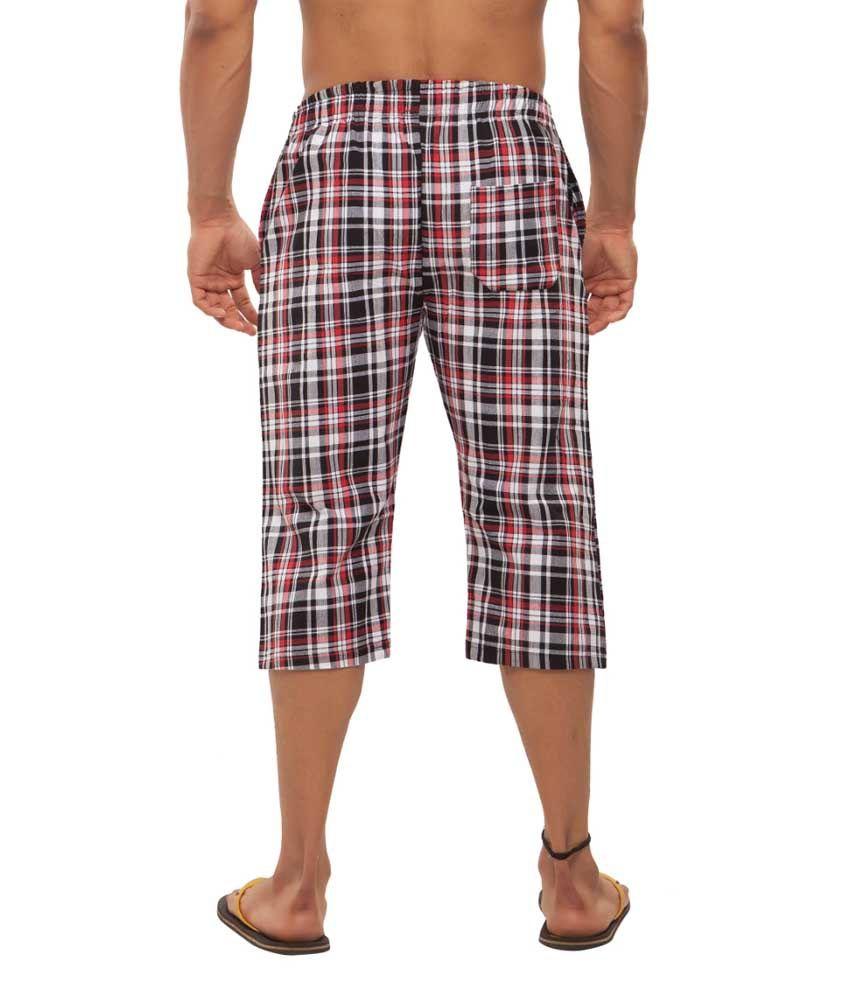 Clifton Fitness Men's Woven Capri- Navy/Red checks
