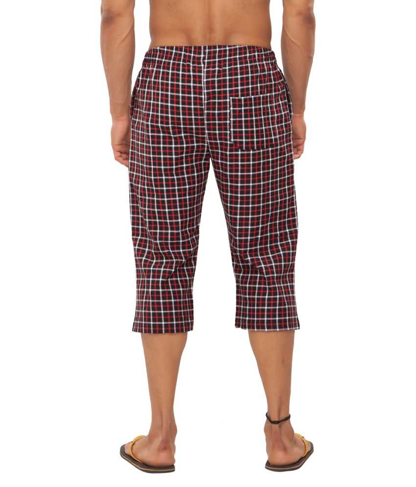 Clifton Fitness Men's Woven Capri- Black/Red Checks