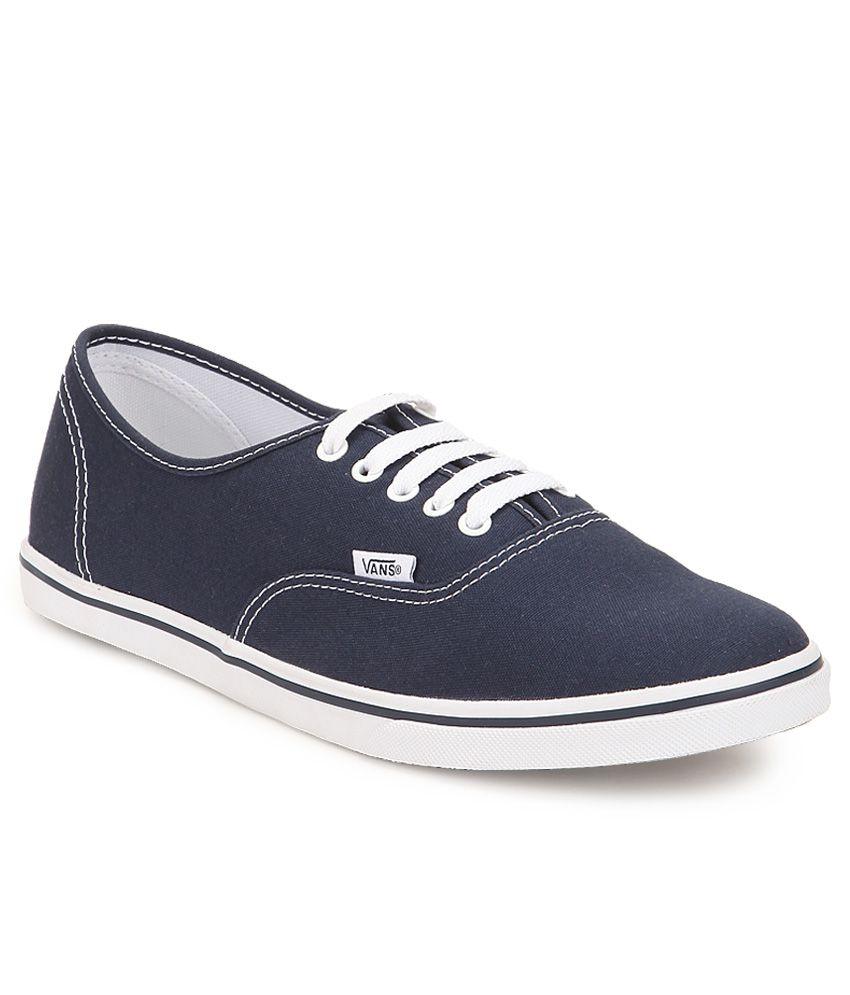 6a658d672e Vans Authentic Lo Pro Navy Canvas Casual Shoes - Buy Vans Authentic Lo Pro  Navy Canvas Casual Shoes Online at Best Prices in India on Snapdeal