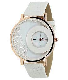 RD White Analog Watch