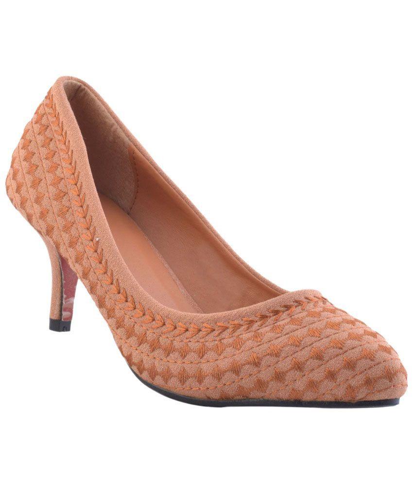 20 Degree F Brown Stiletto Heels