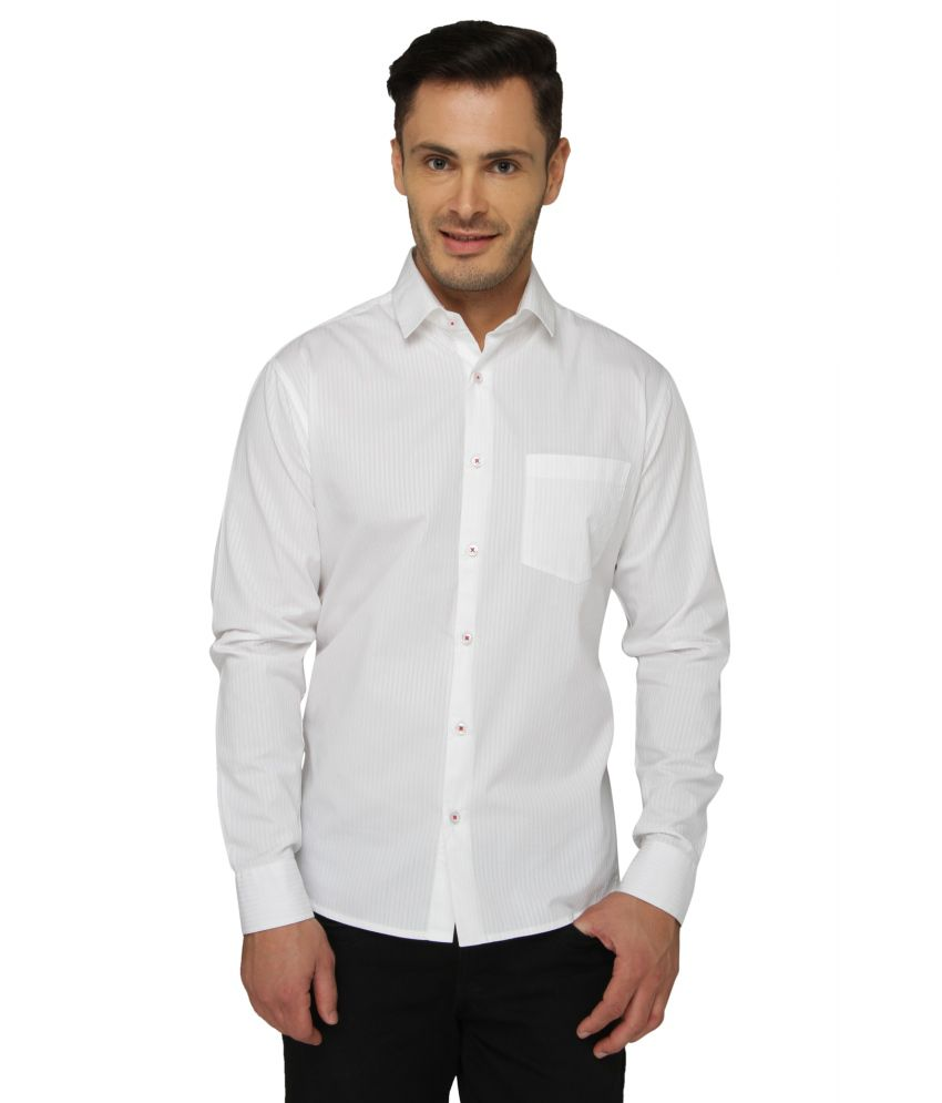 Bluvior White Casuals Slim Fit Shirt