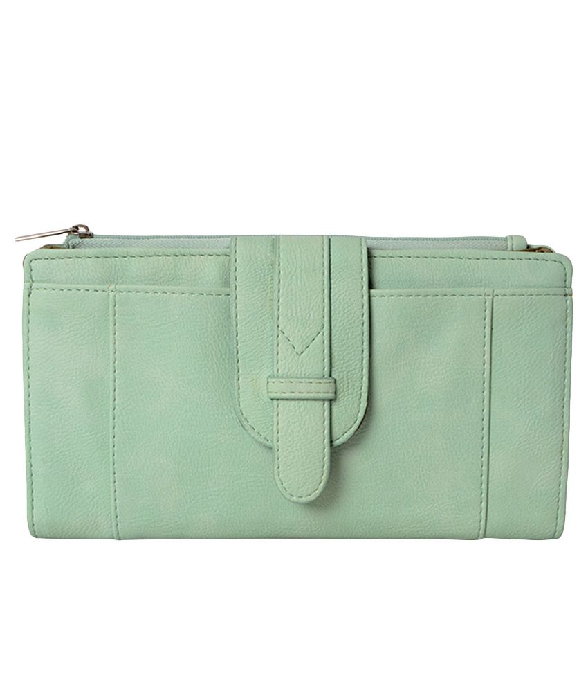 804334a017a5f Buy Baggit Lw Chase Angie Mint Green Bi Fold Wallet at Best Prices in India  - Snapdeal