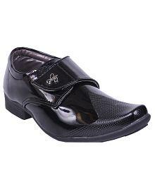 Trilokani Black Formal Shoes For Kids